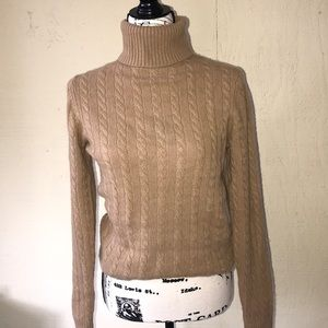 Ann Taylor 💯% Cashmere Cable Knit  Sweater